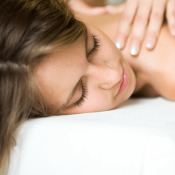 Massaggio terapeutico completo corpo